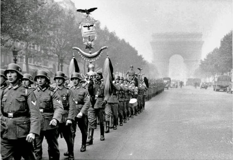 Nazi in paris